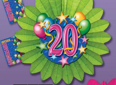 objets décoratifs - ensemble pour anniversaire comprenant guirlande, grande fleurs avec au centre chiffre et ballons en papier crépon
